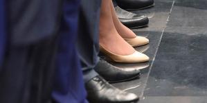 Число женщин в советах директоров публичных компаний выросло до 12%