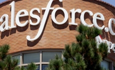 Salesforce ежегодно тратит $3 млн, чтобы уравнять зарплаты мужчин и женщин в компании